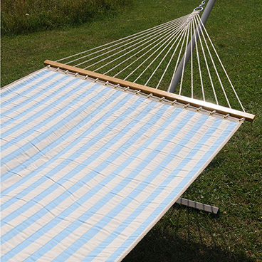 Hammocks with spread bar